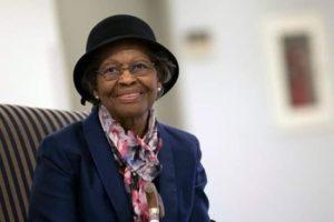 Gladys West, femme noire américaine, descendante d'esclave, est la créatrice du GPS que l'on utilise tous les jours dans la voiture, téléphone